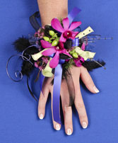 A NIGHT TO REMEMBER Prom Corsage in Davis, CA | STRELITZIA FLOWER CO.