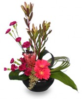 HI-STYLE D�COR Flower Arrangement in Burton, MI | BENTLEY FLORIST INC.