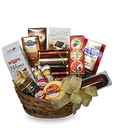 GOURMET BASKET Gift Basket in Danbury, CT | JUDDS FLOWERS