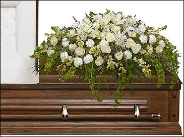 TRANQUILITY CASKET SPRAY Funeral Flowers in Huntington, IN | Town & Country Flowers Gifts