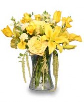 RAY OF SUNSHINE Yellow Flower Vase in Devils Lake, ND | KRANTZ'S FLORAL & GARDEN CENTER