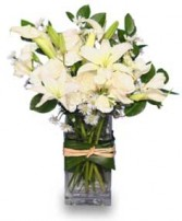 FRESH SNOWFALL Vase of Flowers in Rock Hill, SC | RIBALD FARMS NURSERY & FLORIST