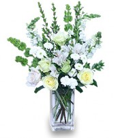 COOL WINTERGREEN Flowers in a Vase in Prospect, CT | MARGOT'S FLOWERS & GIFTS