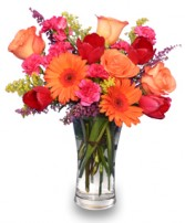 VERY BERRY PUNCH Fresh Floral Vase in Saint Albert, AB | PANDA FLOWERS (SAINT ALBERT) /FLOWER DESIGN BY TAM