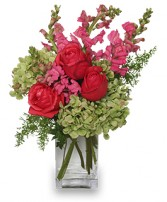 TUTTI FRUITTI Flower Vase in Largo, FL | ROSE GARDEN FLOWERS & GIFTS INC.