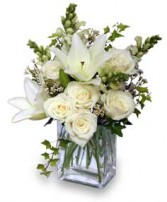 WONDERFUL WHITE Bouquet of Flowers in Caldwell, ID | BAYBERRIES FLORAL