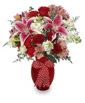 THAT'S AMORE! Arrangement in Bath, NY | VAN SCOTER FLORISTS 