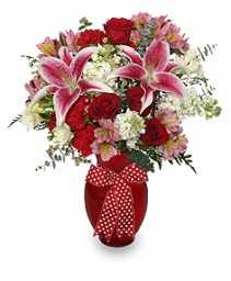 THAT'S AMORE! Arrangement in Garner, NC | CLEVELAND FLOWERS & GIFTS INC.