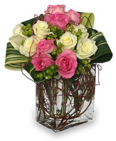 I'M YOURS FOREVER Arrangement in Worthington, OH | UP-TOWNE FLOWERS & GIFT SHOPPE