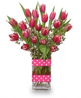KISSABLE TULIPS Valentine's Day Bouquet in Woburn, MA | THE CORPORATE DAISY