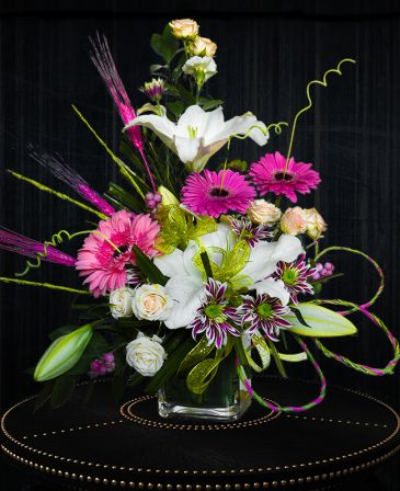 MODERN DAY TANGO Arrangement in Delta, BC | DELTA FLOWERS & GIFTS