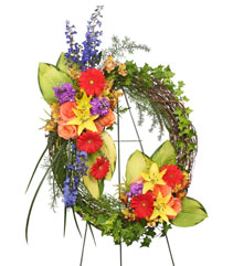 BRILLIANT SYMPATHY WREATH  Funeral Flowers in Walpole, MA | VILLAGE ARTS & FLOWERS