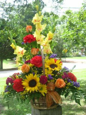 Cheerfully Fall Basket Design by Buds 'n Bows in Crawford, GA | BUDS 'N BOWS FLOWER SHOP