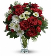 Christmas* Winter Kisses Bouquet TWR12-1A