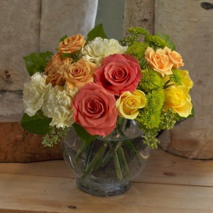 Citrus Blast vase arrangement in North Adams, MA | MOUNT WILLIAMS GREENHOUSES INC