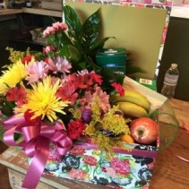 custom gift combo/ with plants and flowers aslo