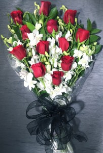 Dozen Long Stem Red Roses Wrapped