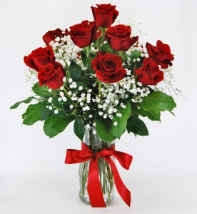 Dozen Red Roses Flower Arrangement In Mankato Mn