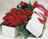 Dozen Roses in a Gift Box in Thunder Bay, ON | GROWER DIRECT - THUNDER BAY