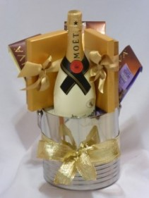Executive Gifts - Holidays, Gifts  -    Moet & Chandon Champagne &   Godiva Chocolates Gift Baskets.   AMAPOLA BLOSSOMS