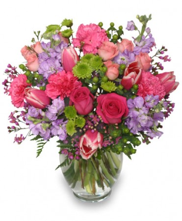 Poetic heart bouquet floral arrangement mother 39 s day for Mothers day flower arrangements