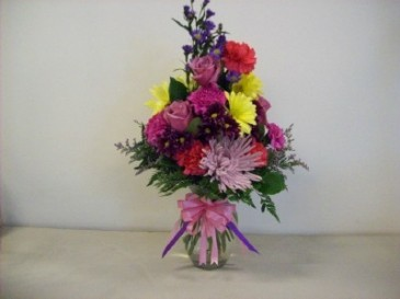 JUST BECAUSE MIXED BOUQUET IN  SMALLVASE