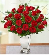 Love in a Mirror  24 Long Stem Premium Roses Vase of Pure Beauty