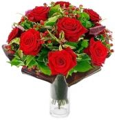 LUXURY RED ROSES BOUQUET in Rockville, MD | ROCKVILLE FLORIST & GIFT BASKETS