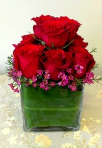 One Dozen Roses, Modern with green leaf wrap