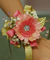 Pink & Gold Daisy Prom Corsage Prom Corsage in Bracebridge, ON | CR Flowers & Gifts ~ A Bracebridge Florist