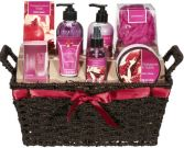 POMEGRANATE & VANILLA BATH & BODY LOTION GIFT SET in Clarksburg, MD | GENE'S FLORIST & GIFT BASKETS