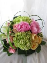 PRETTY PASTEL Floral Arrangement