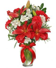 SEASON'S GREETINGS Holiday Arrangement in Lewisburg, WV | GREENBRIER CUT FLOWERS & GIFTS