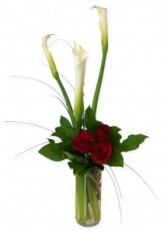 Simply Elegant Vase Arrangement in Thunder Bay, ON | GROWER DIRECT - THUNDER BAY