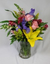 Spring Fling Fresh Arrangement