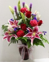Stunning Beauty Fresh vase arrangement