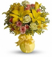 Sunny Smiles Bouquet  in Eau Claire, WI | 4 SEASONS FLORIST INC.