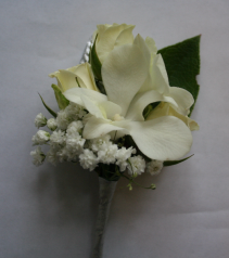 Sweet Elegance Boutonniere
