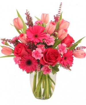 Sweet Pink Mystique Arrangement in Gig Harbor, WA | GIG HARBOR FLORIST TM- FLOWERS BY THE BAY LLC