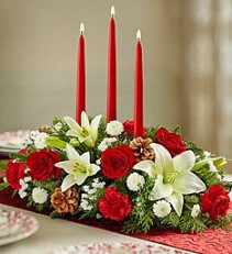 Traditional Christmas Centerpiece Centerpiece