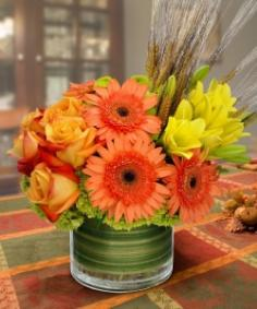 TRENDY AUTUMN FRESH BOUQUET in Burbank, CA | LA BELLA FLOWER & GIFT SHOP