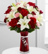 TRENDY KIND OF LOVE Arrangement in Springfield, MO | BLOSSOMS