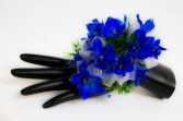 VIBRANT BLOOMS Corsage