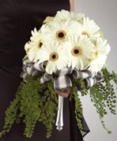GERBERA DAISY BOUQUET Wedding Flowers WS14-11 in Conroe, TX | FLOWERS TEXAS STYLE