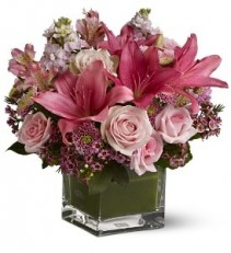 WF172 Pink Roses & Lilies