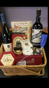 Wine Gift Basket Gift Basket in Danbury, CT | JUDDS FLOWERS