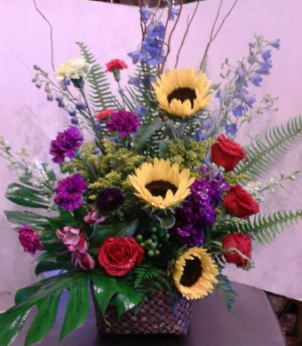 About us adams loraine flower shop bay saint louis ms it all started with a love of flowers and an eye for design after years of working on what we loved as a hobby the opportunity presented itself to be able mightylinksfo