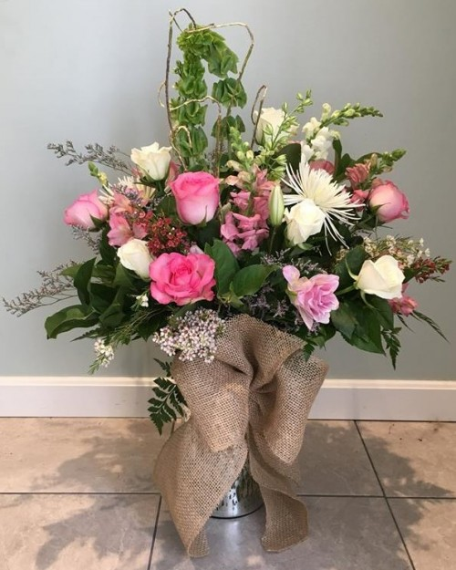Proudly serving the Canton, OH area, we're a full-service local florist that is family-owned and operated. Our knowledgeable staff is ready to assist you ...