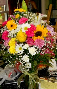 Weu0027re A Local Charlton, Massachusetts Florist Delivering Courteous,  Professional Service And The Highest Quality Floral And Gift Items Around.