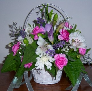 Order Wedding Flowers and Party Flowers from FLOWERS BY PESHA. We will ensure your special day is a blooming success!! All weddings are custom-designed ...
